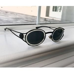 Gianni Versace S01 657 Vintage Unisex Sunglasses